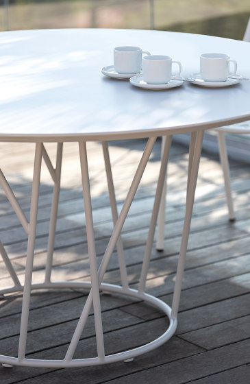 Wild Low table by Fast