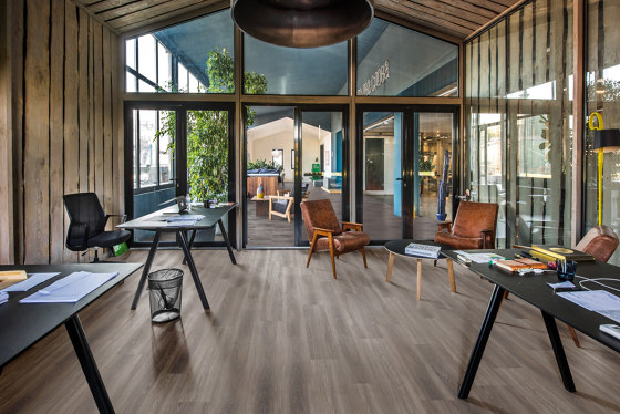 Dry Back Wood Design Elegant | Tiveden DBW 229 by Kährs