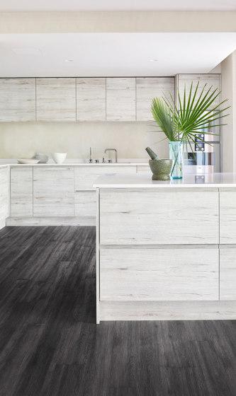 Rigid Click Wood Design Monochrome | Riva CLW 218 by Kährs