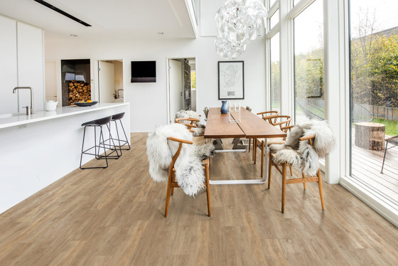 Rigid Click Wood Design Traditional | Oulanka CLW 172 by Kährs