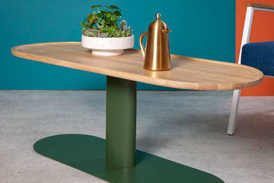 Georgie | Coffee Table von Liqui Contracts