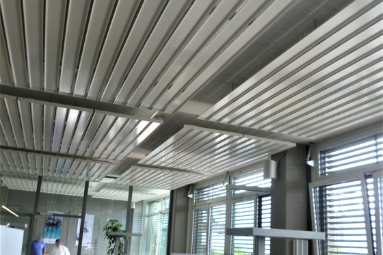 Chilled Metal Baffle Metal Line by Barcol-Air