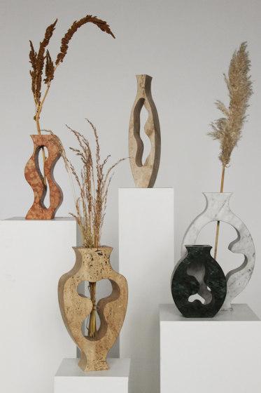 Hannah Vase by Mondo Marmo Design