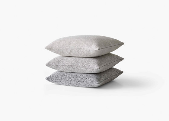 &Tradition Collect | Boucle Cushion SC28 by &TRADITION