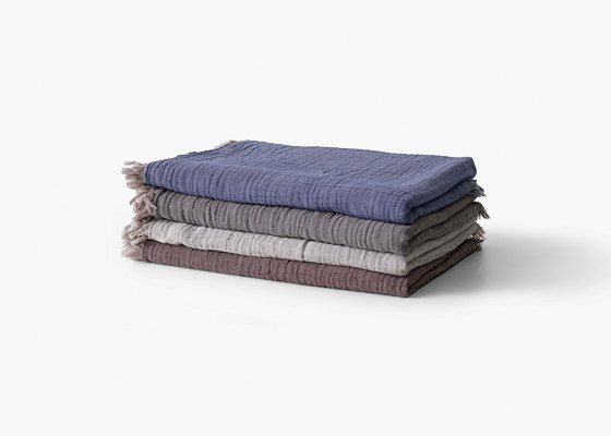&Tradition Collect | Cotton Throw SC32-SC33 by &TRADITION