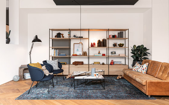 GN 02 Split Couchtable by Janua