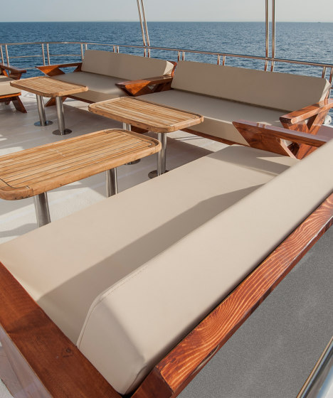Bayside | Putty by Morbern Europe