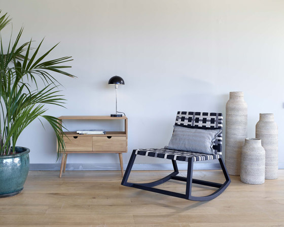 Minerva Daybed - synthetic teak by MARY&