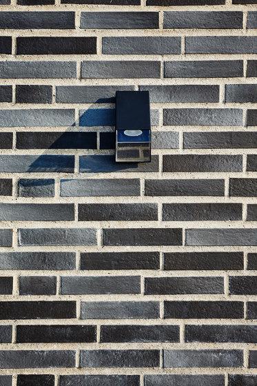 Innova | RT 601 Black rustic by Randers Tegl