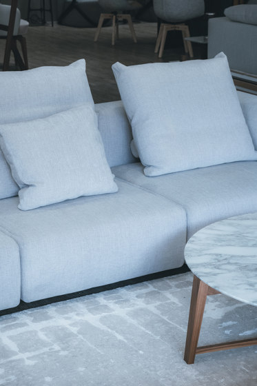 Maison Six | Four Grey by Tapis Rouge