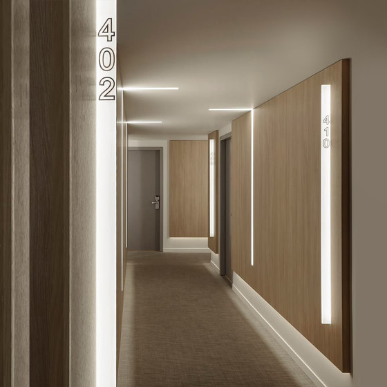 Notus 19 Spot Linear LED by BRIGHT SPECIAL LIGHTING S.A.