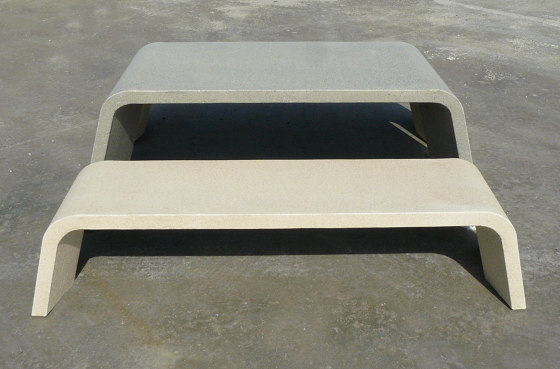 Mimetic Table by Durbanis