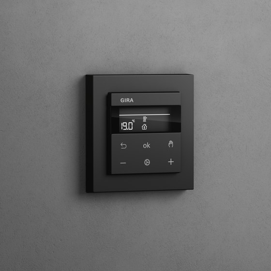 Heating and Temperature | Room temperature controller with NC contact | 1-way switch and control light, colour aluminium (including E2) by Gira