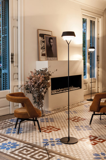 Gala | Floor lamp von Carpyen