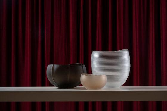 Linae - Medium Vase by Purho