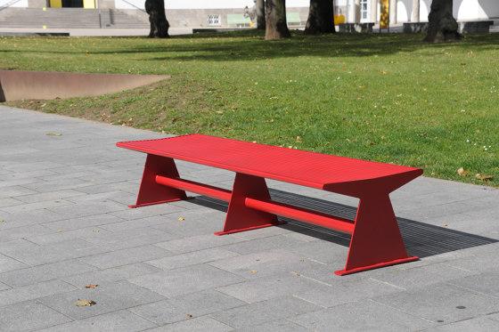 Siardo 40 R Stool Bench 2400 by BENKERT-BAENKE