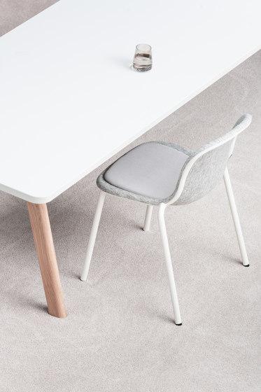 Lite Round 110 Modular Table System by De Vorm