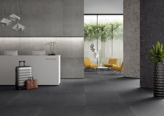 FLANDERS graphite 5x5/06 by Ceramic District