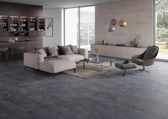 MILESTONE grey 5x5/06 by Ceramic District