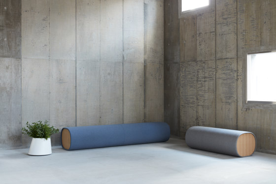 MAKI   Bench by By interiors inc.