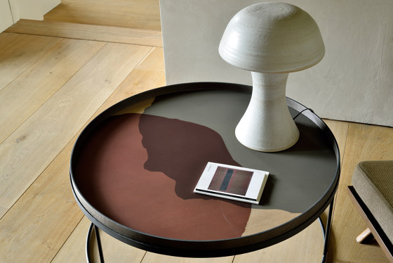 Translucent Silhouettes tray collection | Graphite Combined Dots glass tray - round - XL by Ethnicraft