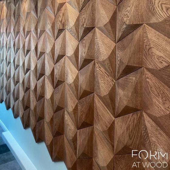 Diamond de Form at Wood
