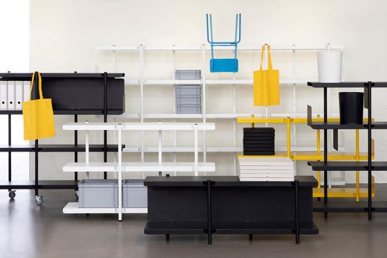 Z shelf by modulor