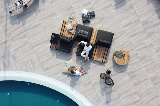 Casual Modular Square Coffee Table/Stool With Tray by cbdesign