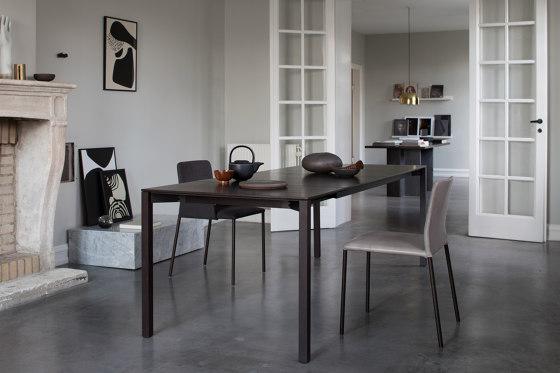 Tira | table de more