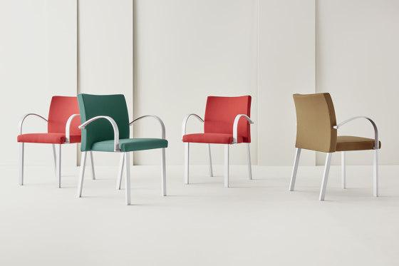 Gallery Arm Chair von Segis