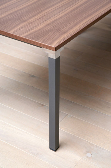 Kalidro Conferencing Table by Steelcase