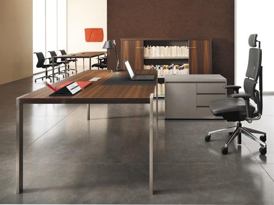 P70 Desk by Steelcase