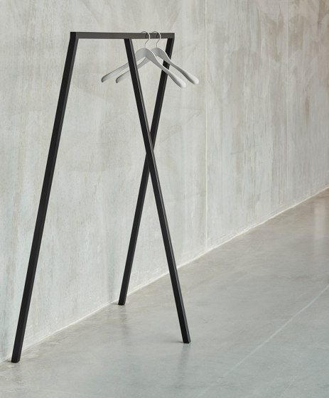 Loop Stand Table 250 by HAY
