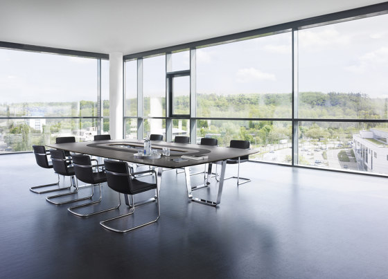 Tune meeting table by RENZ