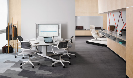 QiVi Chair by Steelcase