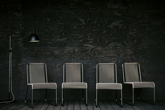 HARP 768 Lounge Chair de Roda