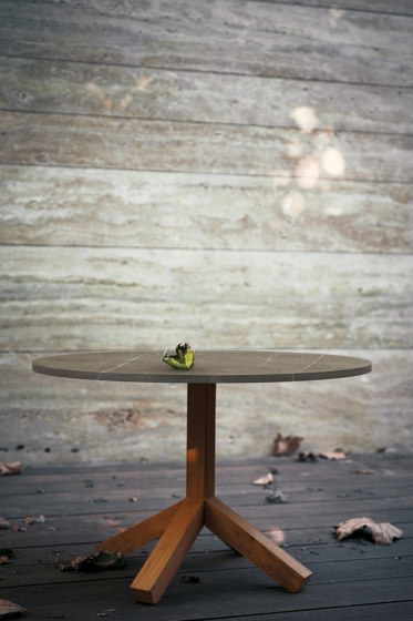 ROOT 001 dining table by Roda
