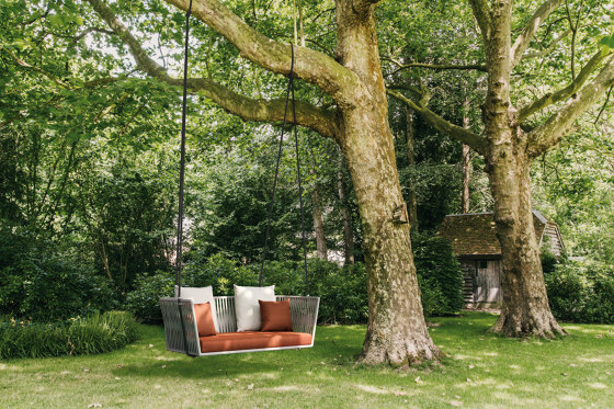Bitta swing sofa by KETTAL