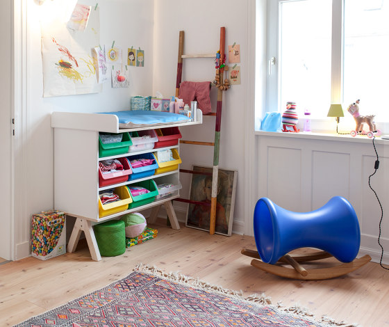 Famille Garage children's bed de Richard Lampert