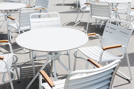 Alu 4 Tisch by seledue