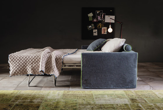 3600 Tangram Sofa bed by Vibieffe