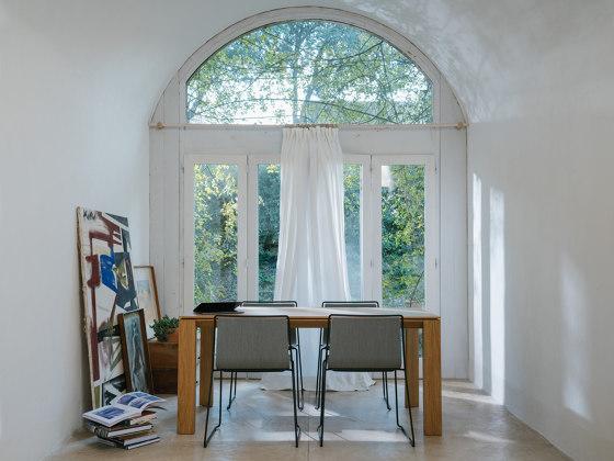 Iru Table by ONDARRETA