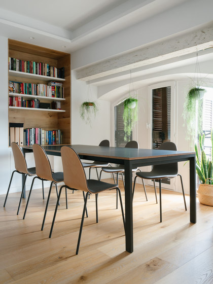Punto Table by ONDARRETA