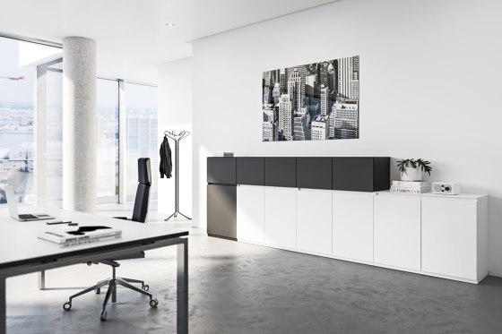 Intavis Storage system di Assmann Büromöbel