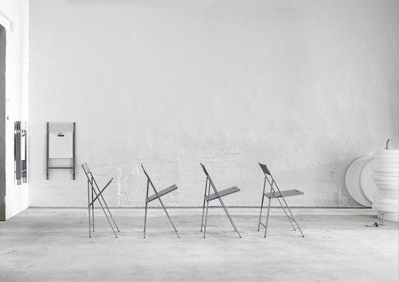Clip Chair by ONDARRETA