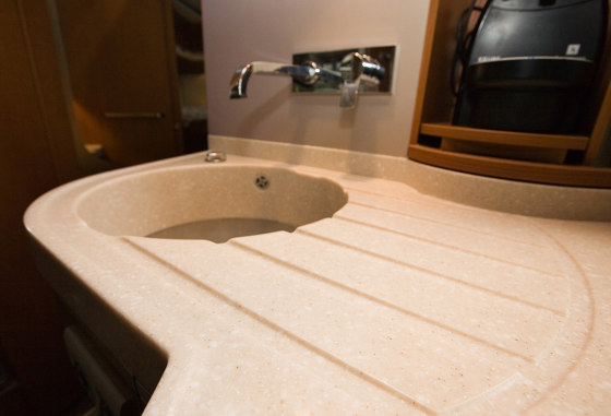 Pebble Gold by Staron®