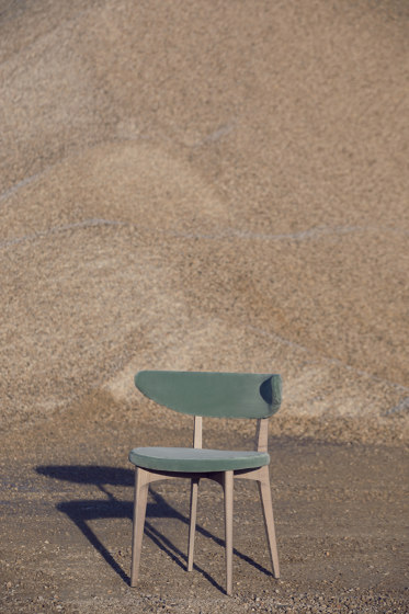 Shortwave Chair de Diesel with Moroso