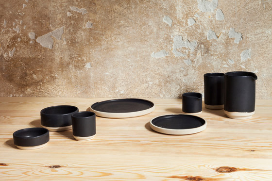OTTO bowl black (M) | Set of 2 by Frama