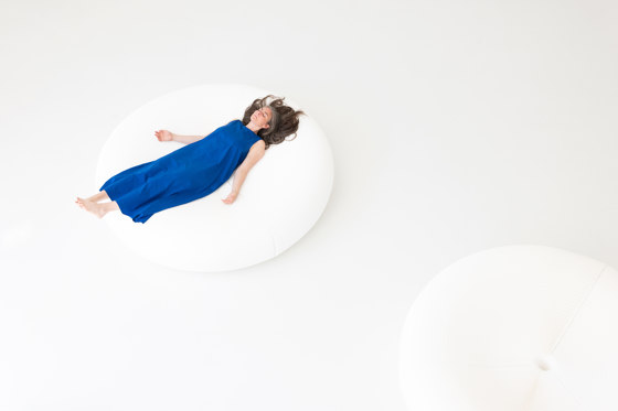 softseating lounger by molo