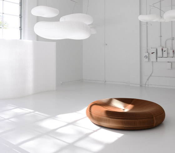 softseating fanning stool + bench von molo